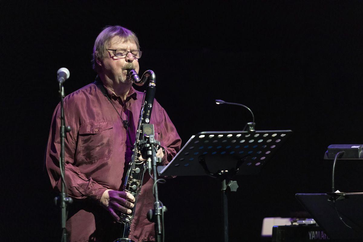 El sobrecogedor discurso saxofonístico de John Surman